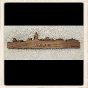 Skyline Vlieland magneet - noten hout