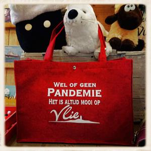 pandemie vilten tas in rood