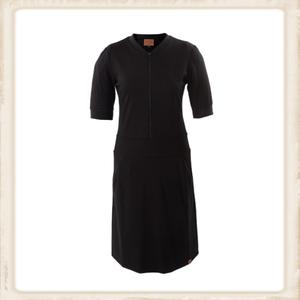 Basic Black zipper dress